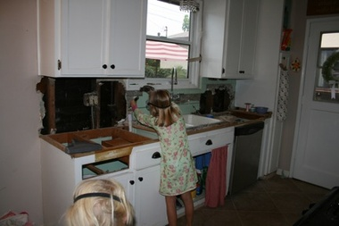 Kitchencounter_2_4